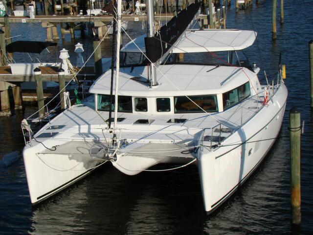 2008 Lagoon 420 Hybrid 2008 Lagoon 420