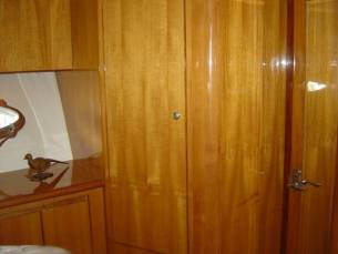 42 Sedan by Ocean Alexander  Starboard Hanging Locker