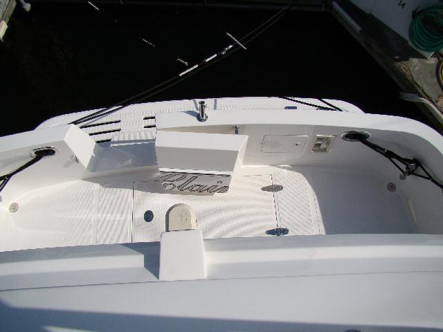 42 Sedan by Ocean Alexander Cockpit Cockpit