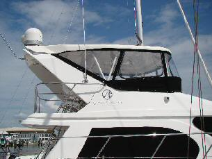 42 Sedan by Ocean Alexander  Flybridge Enclosure