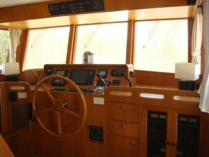 45' Symbol Pilothouse Trawler Pilothouse Forward