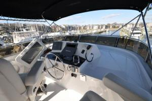 56' Symbol 54 Pilothouse Flybridge Helm 2