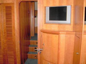 56' Symbol 54 Pilothouse Master Forward