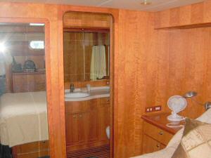 56' Symbol 54 Pilothouse Master Head