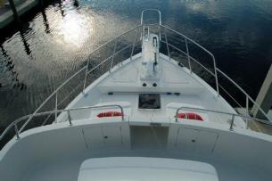 Symbol 56 Classic Foredeck View