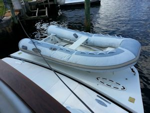 58 Symbol Hot Air V TNT lift w Dinghy