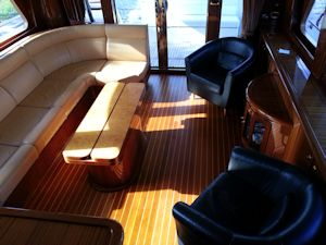 58 Symbol Hot Air Starboard Salon Aft