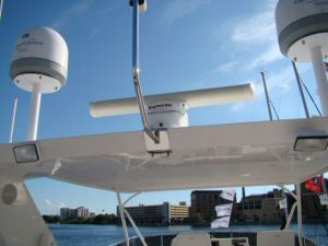 58 symbol Pilothouse Flybridge Arch, Radar Domes
