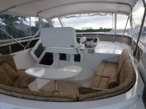 58' Symbol PIlothouse Flybridge Seating