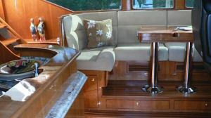 58 Symbol Pilothouse Dinette