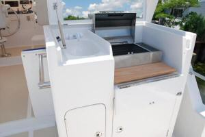 Symbol 59 Classic Pilothouse  Flybridge Galley