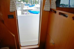 Symbol 59 Classic Pilothouse  Pilothouse Port Door