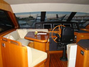 Ocean Alexander 64 Pilothouse Forward