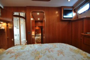 68' Symbol Pilothouse Motoryacht VIP Stateroom Looking Aft (1)